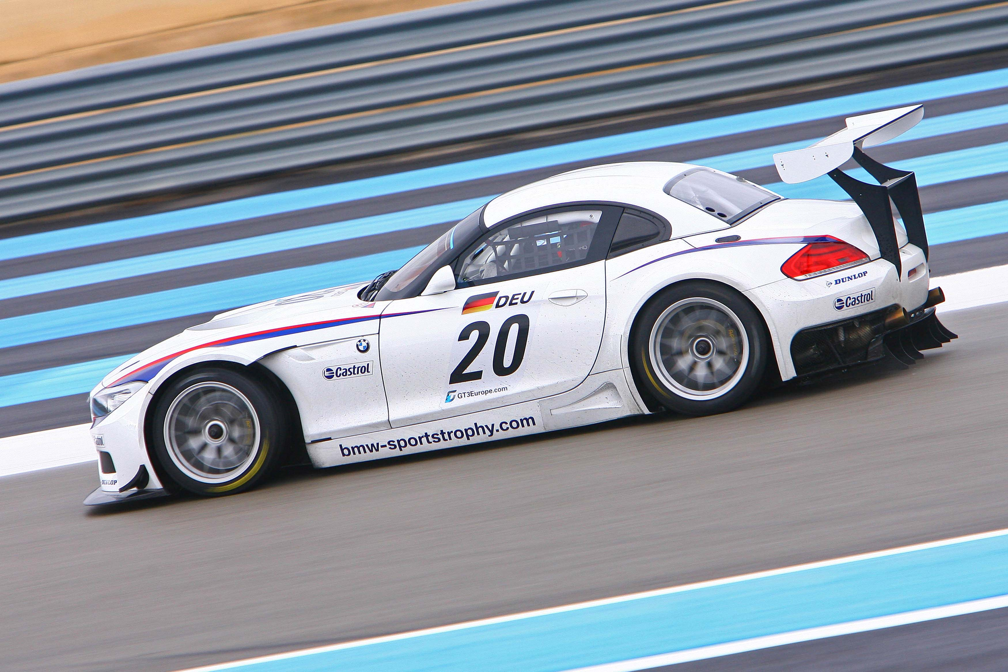 BMW Z4 GT3 side view