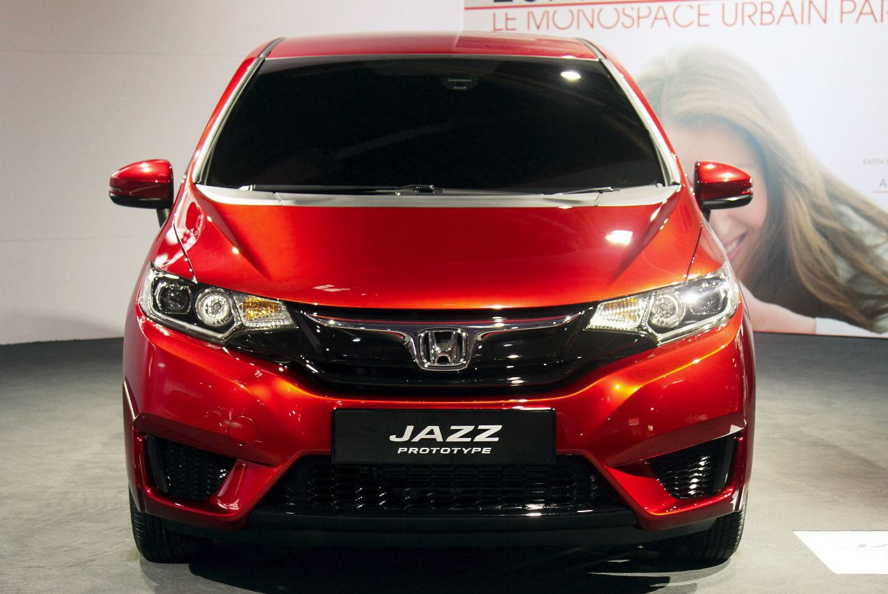 2015 honda jazz unveiled in paris motor exclusive. Black Bedroom Furniture Sets. Home Design Ideas