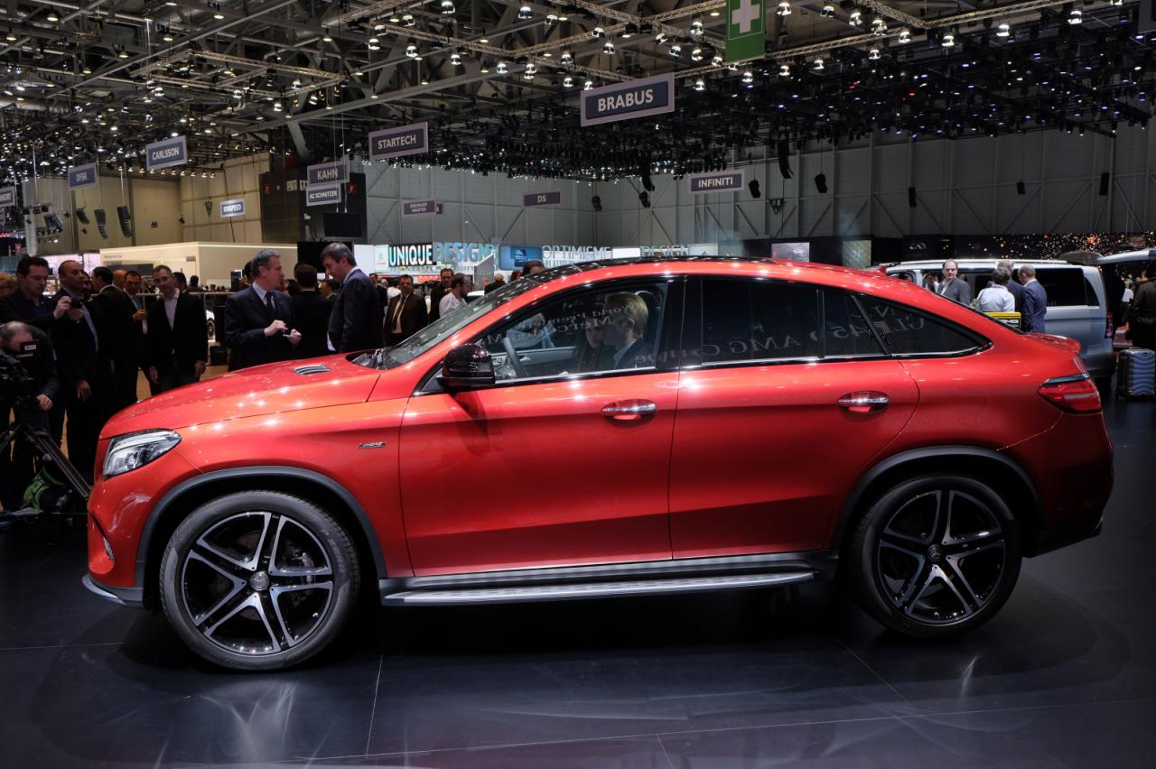 Mercedes gle 450 amg coupe revealed motor exclusive for Mercedes benz gle 450