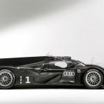 Audi R18 side