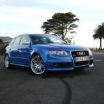 Audi RS4 Avant full