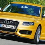 Audi RS4 Avant on track