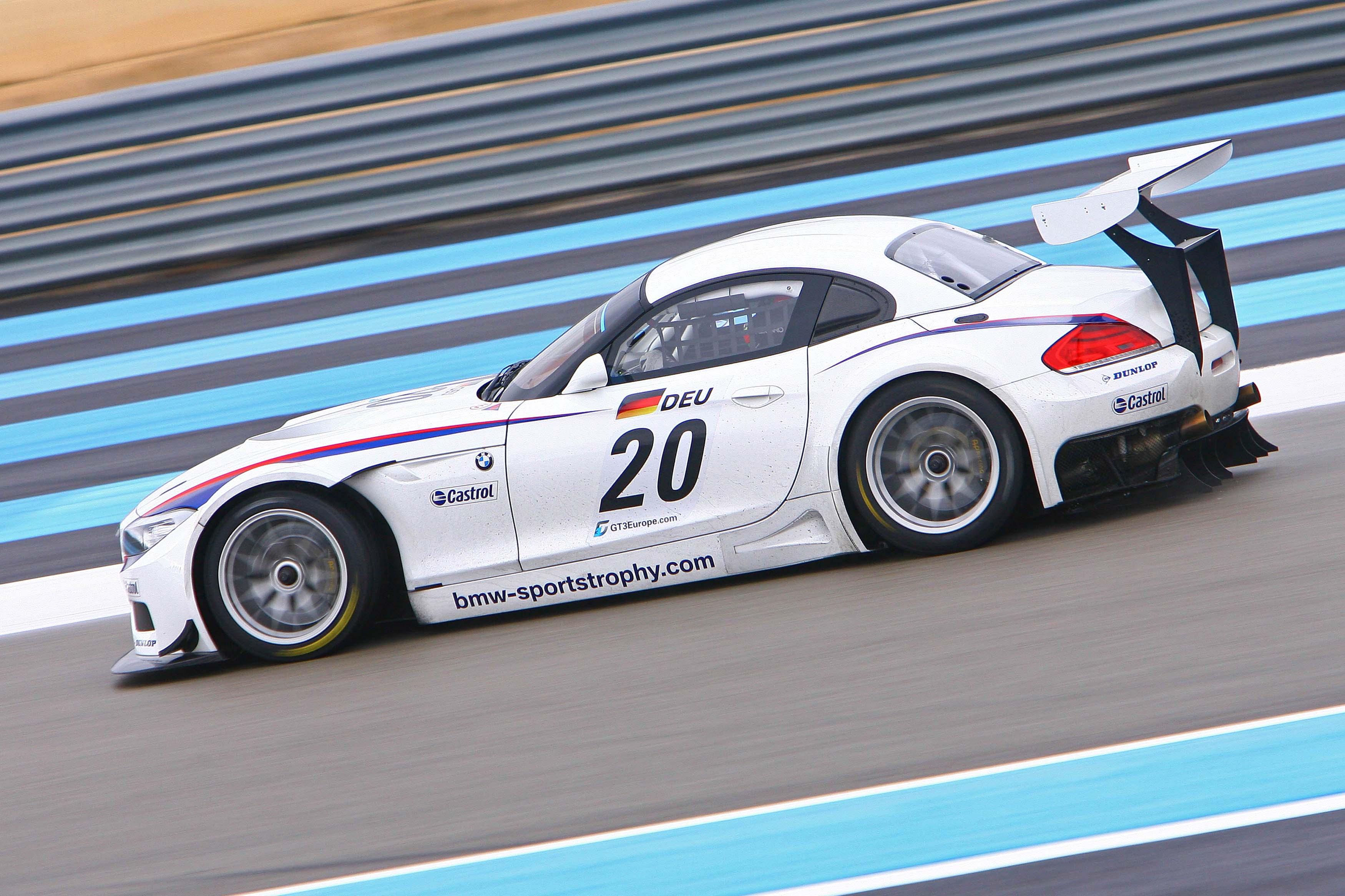 BMW Z4 GT3 side view