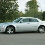 Chrysler SRT8 side