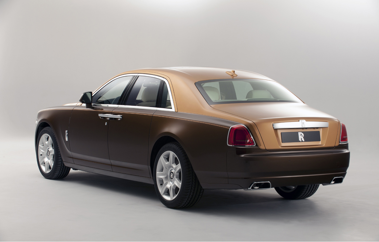 Two Tone Rolls Royce Ghost