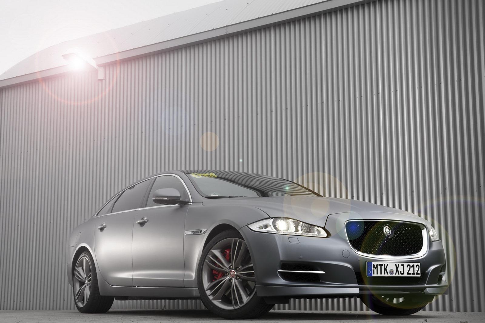 Jaguar XJ Ring Taxi